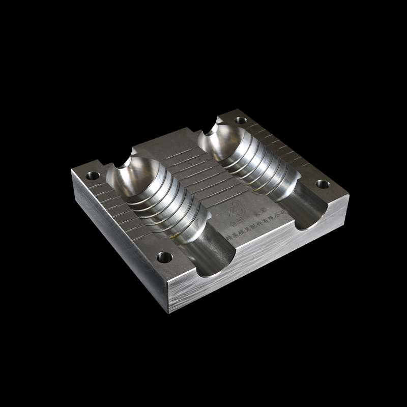 5 Axis Aluminum CNC Machining Plastic  Medical Syringe Mould Parts