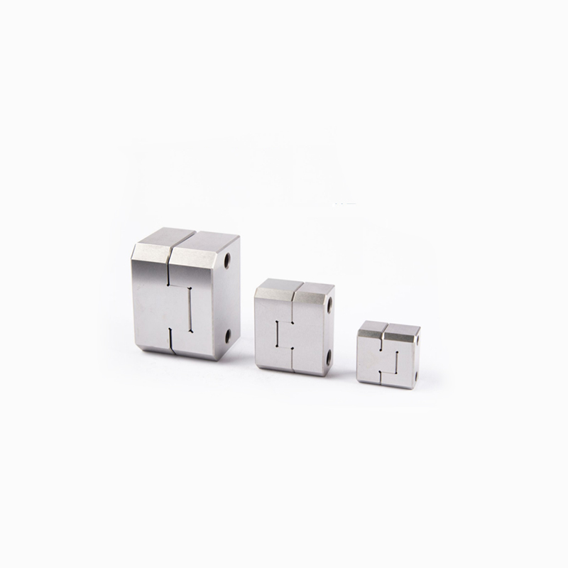3D CNC Machines Milling 4 5 Axis CNC Milling Inserts Pin With Insert Molding